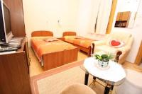 Room Dragica - Soba s 2 odvojena kreveta sa zajedničkom kupaonicom - Sobe Pula