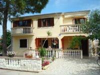 Villa Mara - Apartment mit 2 Schlafzimmern und Gartenblick - Ferienwohnung Vir