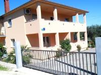 Apartments Katja - Apartment mit 1 Schlafzimmer mit Balkon und Gartenblick - Ferienwohnung Pula