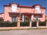 Apartments Brnada - Apartment with Balcony - apartments in croatia