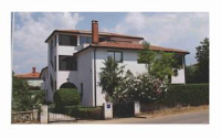 Apartments Lili - Two-Bedroom Apartment with Terrace and Garden View - Umag