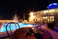 Hotel Aurora - Double or Twin Room with Balcony - Rooms Pula