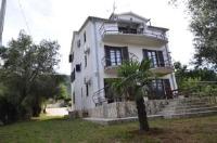 Apartments Juretic - Apartman s balkonom - Drenje