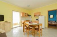 Apartment Mladenka - Apartment mit Terrasse - booking.com pula