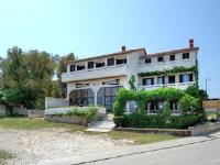 Apartment Lenka 220 - Apartment mit 3 Schlafzimmern, einem Balkon und Meerblick - Premantura