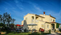Guest House Croatia - Chambre Double Standard avec Balcon - Chambres Fazana
