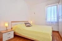 Beach Apartment Katia - Apartman - Prizemlje - apartmani split