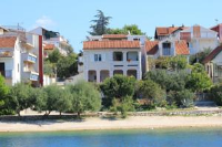 Villa Polajner - Two-Bedroom Apartment with Balcony and Sea View (4 Adults) - apartments in croatia