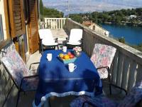 Apartment Splitska - Apartment mit Meerblick - Ferienwohnung Splitska
