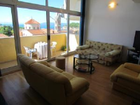 City Center Apartments Ljubo - Three-Bedroom Apartment with Balcony and Sea View - apartments makarska near sea
