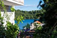 Guest House Matana Pomena - Apartment mit 1 Schlafzimmer, Balkon und Meerblick - Pomena