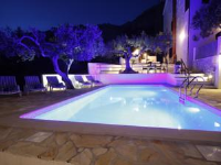 Apartment Villa Petra II - Three-Bedroom Apartment - apartments makarska near sea