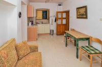 Apartment Kastel - One-Bedroom Apartment with Patio - Orebic