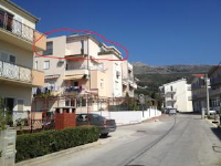 Apartment Kim - Four-Bedroom Apartment with Terrace and Sea View - Podstrana