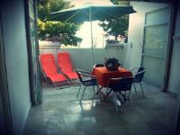 Apartment Mareta - Apartment mit 2 Schlafzimmern, einer Terrasse und Meerblick - ferienwohnung split
