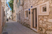 Villa Pro Patria - Dreibettzimmer mit Küchenzeile und Meerblick - Zimmer Split