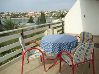 Apartment Gordana - Two-Bedroom Apartment with Terrace and Sea View - Okrug Gornji