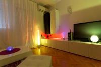 Ultra Split Apartment - One-Bedroom Apartment - apartments split