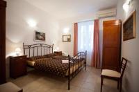 Theatre Apartment Split - Twin Room with Private Bathroom - Rooms Split
