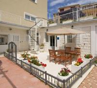 Apartment Marija - Apartment mit Meerblick - Ferienwohnung Seget Vranjica