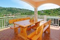 Apartments Julija - Three-Bedroom Apartment with Terrace - Vela Luka