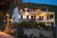 Apartments Pepe - Apartment mit 2 Schlafzimmern und Meerblick - Ferienwohnung Komiza
