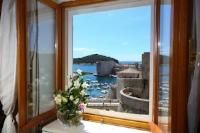 Apartmani Klecak - Two-Bedroom Apartment with Sea View - Ploce
