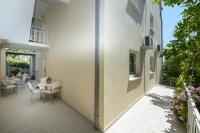 Apartments Botica - Dvokrevetna soba s bračnim krevetom i balkonom s pogledom na more - Apartmani Mlini