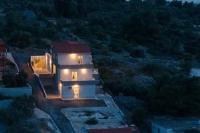 Apartment Sucic - Apartment mit 2 Schlafzimmern - Ferienwohnung Sevid