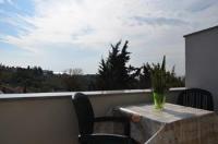 Rooms Sliacan - Dvokrevetna soba s bračnim krevetom i balkonom s pogledom na more - Sobe Krk