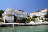 Apartments on the Sea Rock - Apartman s 2 spavaće sobe i terasom s pogledom na more (4 odrasle osobe) - Slano