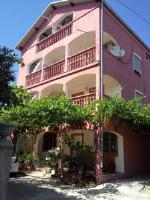 Apartments Zara - Apartman - Prizemlje - Apartmani Marina