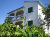 Apartment Bura - Apartment mit Terrasse - Necujam
