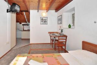 Apartments Mirabella - Two-Bedroom Apartment - Houses Trstenik