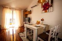 Apartment Olive - Apartment mit Meerblick - Ferienwohnung Tribunj