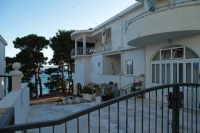 Apartments Darko - Two-Bedroom Apartment with Balcony and Sea View - Houses Radici