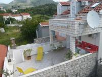 Apartments Lovorika - Dvokrevetna soba s bračnim krevetom ili 2 odvojena kreveta s terasom - Sobe Slano