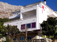 Apartments Perdijic - Two-Bedroom Apartment with Balcony - omis apartment for two person