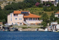 Olive House - Apartment with Sea View 8 - apartments in croatia