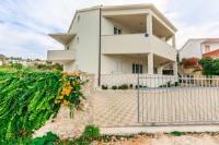 Apartments Rogulj - Three-Bedroom Apartment - Apartments Rogoznica