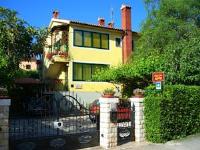 Guest house Villa Dea - Dvokrevetna soba s bračnim krevetom s čajnom kuhinjom - Sobe Rovinj
