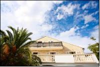 Villa Mediterranea - Luksuzna dvokrevetna soba s bračnim krevetom, terasom i pogledom na more - Sobe Bol