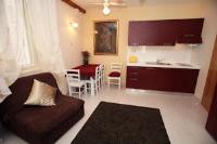Tragurium & Salona Apartments - Studio mit Balkon - apartments trogir