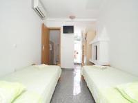 Korcula Guest House - Dvokrevetna soba s bračnim krevetom ili 2 odvojena kreveta s terasom - Korcula