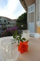 Apartments Rose - Apartman s 1 spavaćom sobom - Apartmani Makarska
