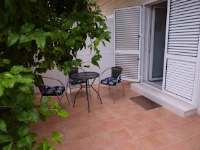 Apartments Kaštel Novi - Apartment mit 3 Schlafzimmern, einem Balkon und Meerblick - Ferienwohnung Kastel Novi