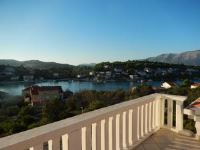 Apartments Krajančić - Apartman s 1 spavaćom sobom, terasom i pogledom na more - Lumbarda
