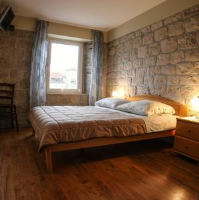 Rooms Tudor - Double Room with City View - Rooms Trogir