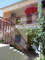 Apartment Cvita - Obiteljski apartman s 1 spavaćom sobom i balkonom - Biograd na Moru