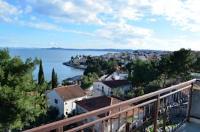 Apartments Leggiero - Apartment mit 1 Schlafzimmer, Balkon und Meerblick - Ferienwohnung Okrug Gornji
